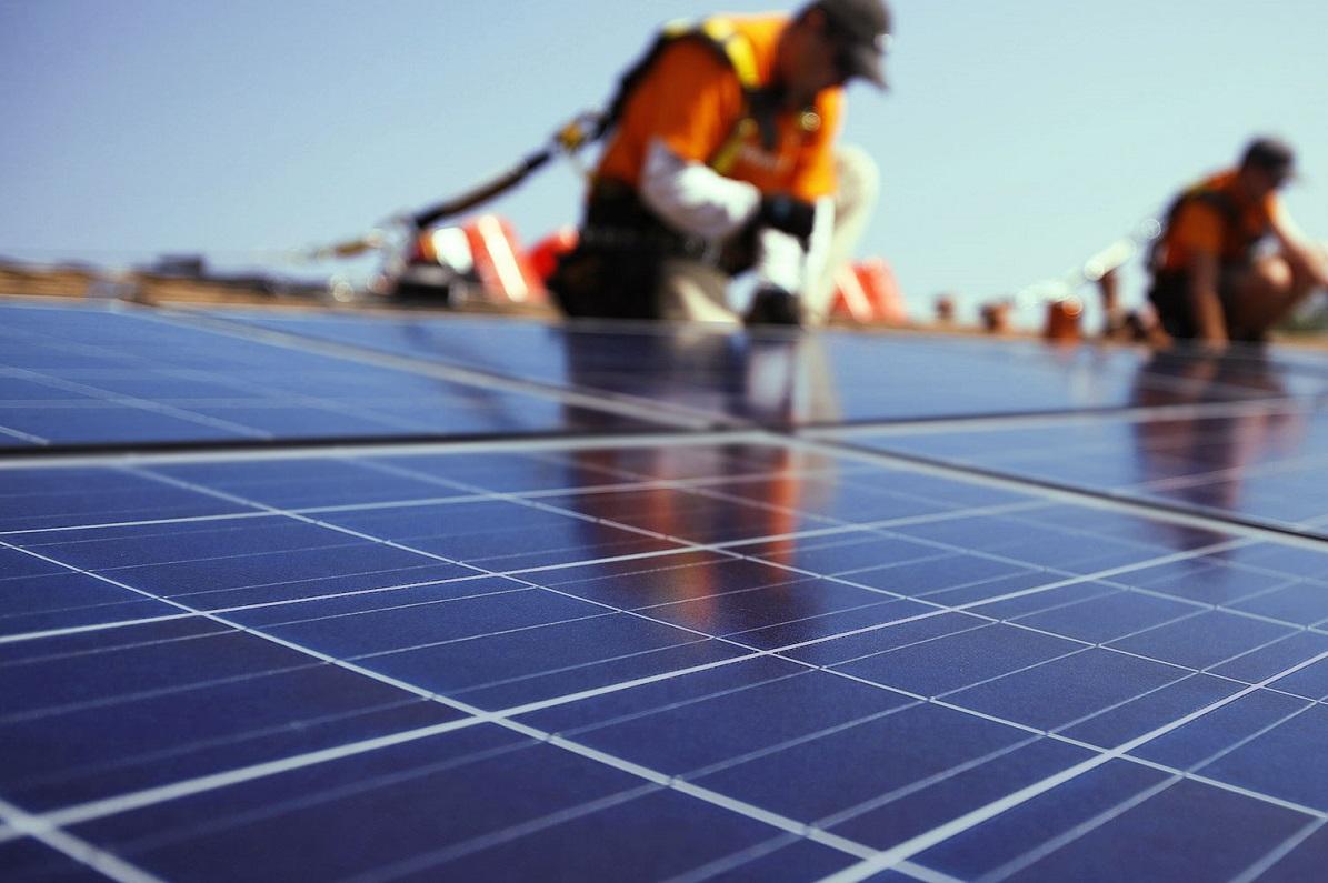 Resultado de imagem para Associação Brasileira de Energia Solar Fotovoltaica (Absolar)